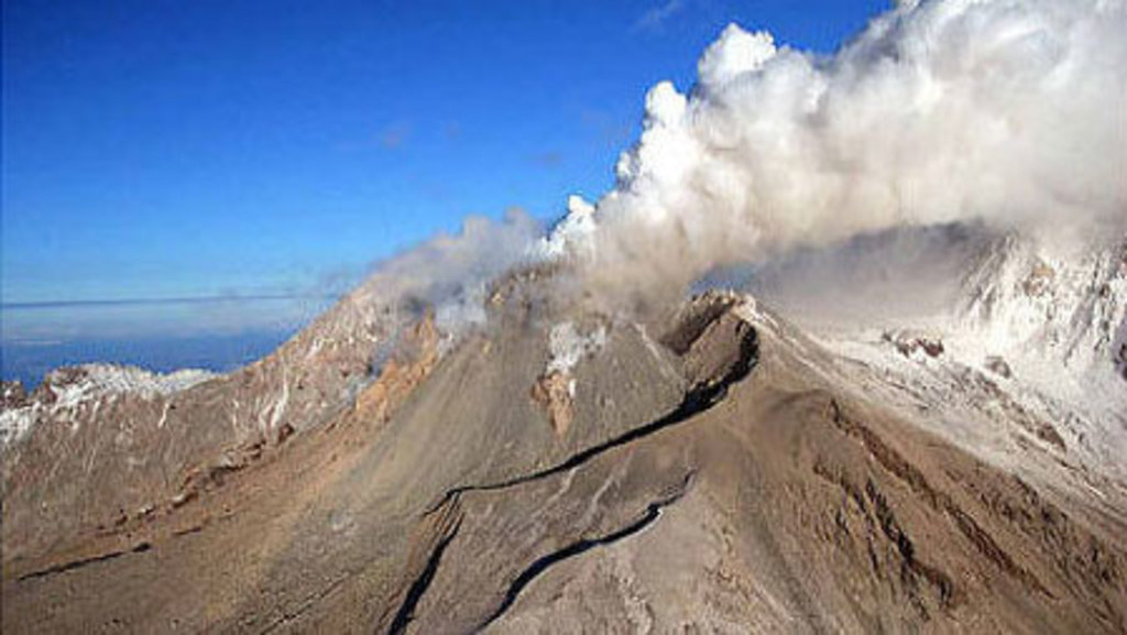 Russia's Shiveluch Volcano Wakes Up - Sputnik International