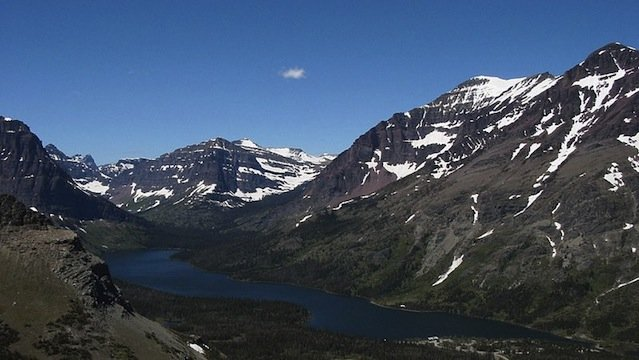800px-two_medicine_lake_from_trail