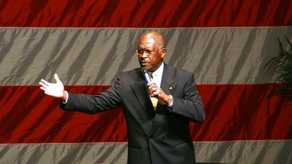 800px-herman_cain_at_hannity_-_boortz_event-12