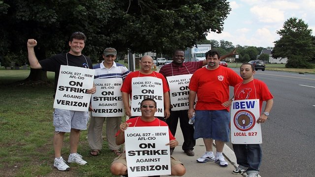 Verizon_strike_2