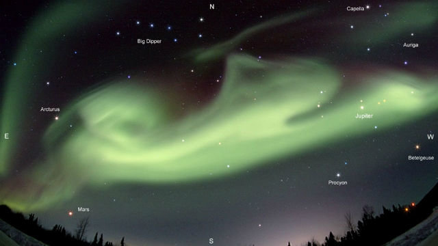 Bt_aurora_dog_over_alaska_final