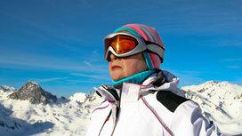 Woman_skiing