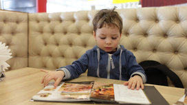Kid_with_menu