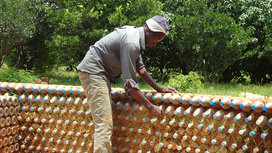 Plastic_bottle_house_16x9