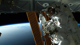 Astronaut_space_walk_earth