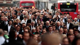 Commuters-london-16x9