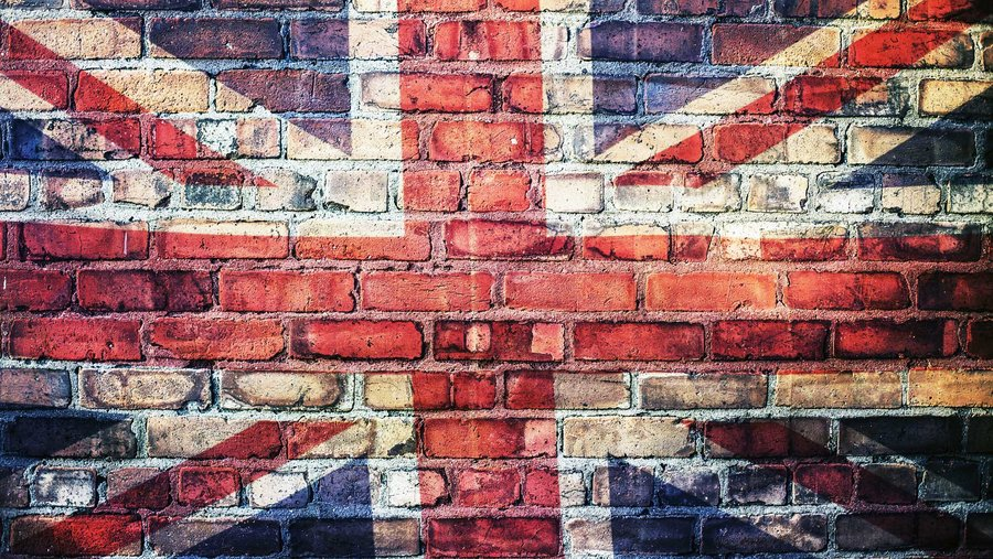 Union_jack_on_brick