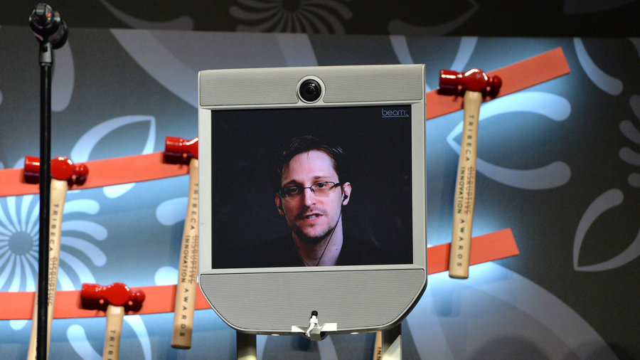 Edward-snowden-hardware-developer